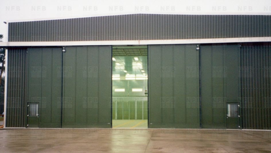 Telescopic hangar sliding door